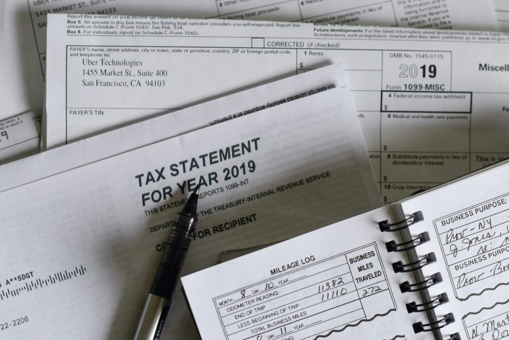 Tax information for B2B buyers.