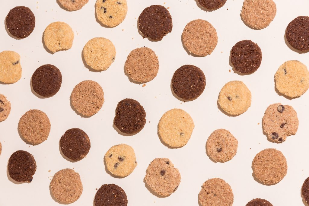What's going on with third party cookies - image of cookies to symbolize web cookies.