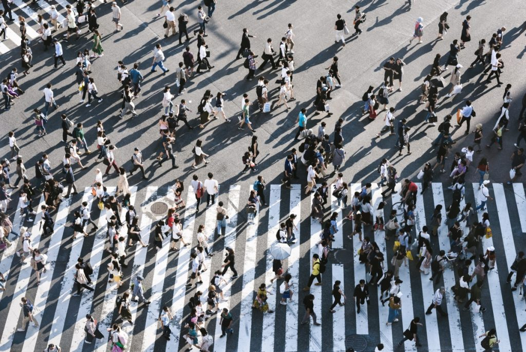 Customer lifetime value starts with humans - Image of a crowded crossing