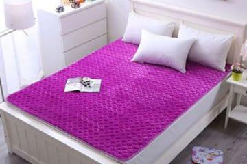 Thảm nhung trải giường 1m8x2m có giá chỉ 399.000đ tại Bigmua