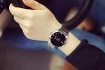 Tại BIgmua giảm hơn 40% đồng hồ nam WMG dây da