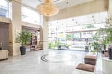 Tiết kiệm đến 56% tại Golden Central Hotel Sài Gòn