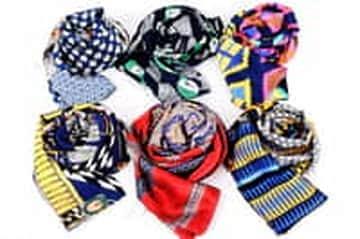 Giảm 170.000đ cho mỗi chiếc khăn lụa thời trang tại Vua Bán lẻ