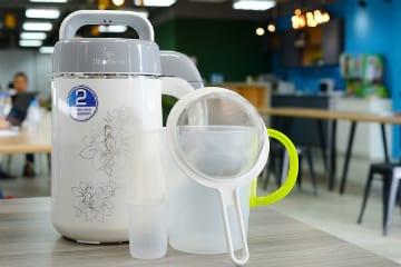 Máy Làm Sữa Đậu Nành BLUESTONE 1.2L giảm 14% tại Tiki