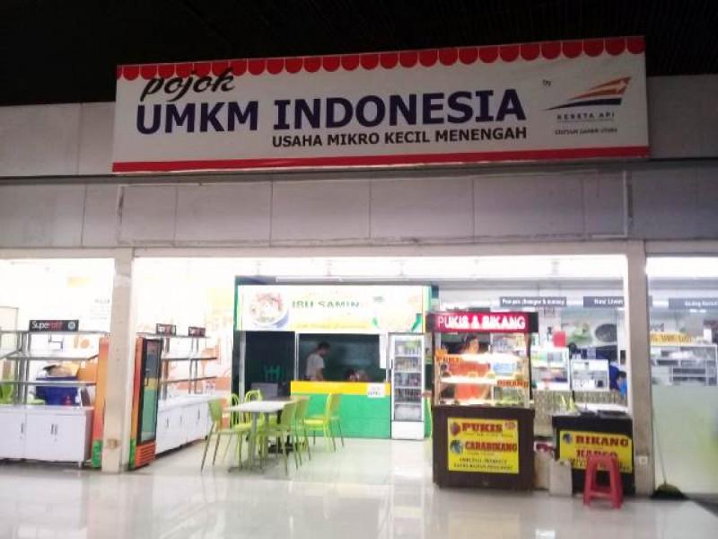 Pojok UMKM Indonesia Stasiun Gambir. Foto: (doc/MNEWS)