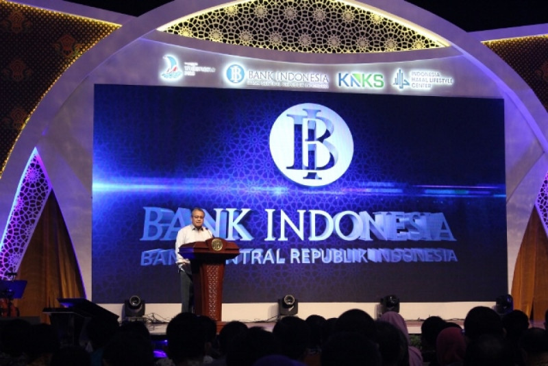 Gubernur Bank Indonesia, Perry Warjiyo dalam pembukaan Halal Lifestyle Conference and Business Forum 2018 di JCC, Kamis (4/10/18). Foto: (doc/MNEWS)
