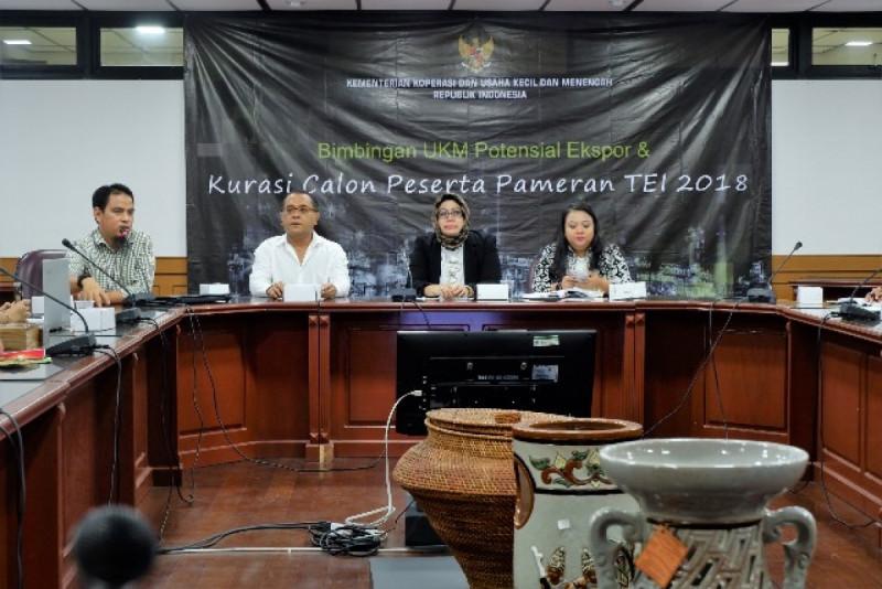 Bimbingan KUKM Potensial Ekspor dan Kurasi Calon Peserta TEI 2018 di Jakarta, Senin (15/10/2018). Foto: (doc/KemenkopUKM)
