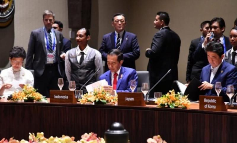 Presiden Joko Widodo dalam KTT APEC 2018 Papua Nugini, Senin (19/11/2018). Foto: (doc/KSP)