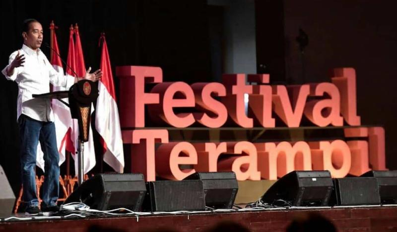 Presiden Joko Widodo saat memberikan sambutannya dalam Festival Terampil Tahun 2019 yang digelar di The Kasablanka Hall, Kota Kasablanka (foto: klikampera.com)