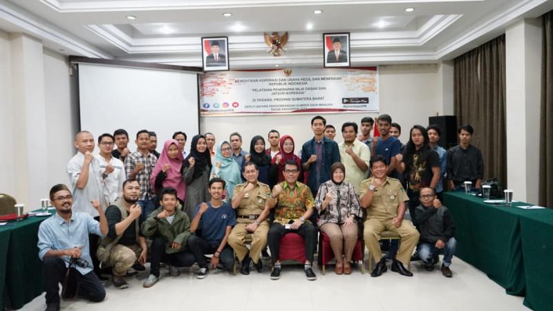 Pelatihan perkoperasian di Daima Hotel, Padang, Sumatera Barat, Selasa (5/3/2019). Foto: Kemenkop.