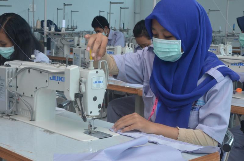 Ilustrasi Industri Tekstil. Foto: Kemenperin.