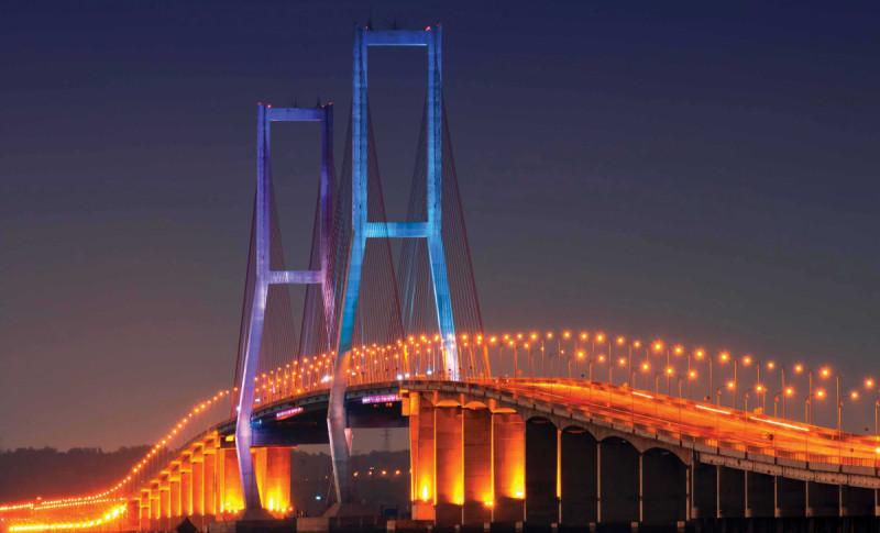 Ilustrasi Jembatan Suramadu. Foto: Construction Plus Asia.