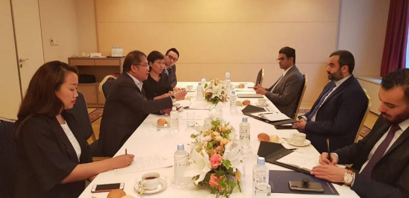 Menteri Kominfo Rudiantara melakukan pertemuan dengan Menteri Dalam Negeri dan Komunikasi Jepang, Masatoshi Ishida. Foto: Kominfo.