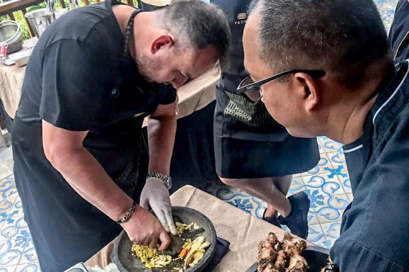 Sajikan Menu Indonesia, Kemenpar Gandeng Restoran Asia di Mancanegara. (Foto: Biro Komunikasi Publik Kemenpar)