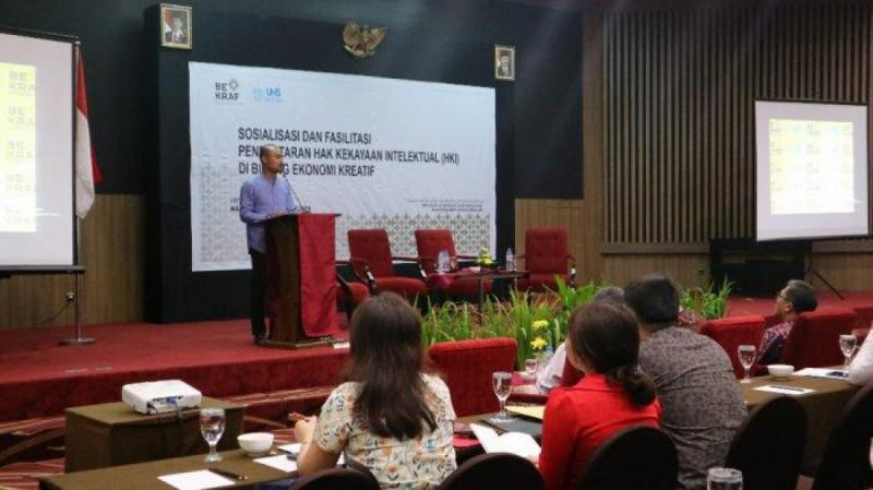 Kegiatan Sosialisasi dan Fasilitasi Pendaftaran HKI bagi pelaku usaha kreatif di Aryaduta Manado, Rabu (11/09/19). (Foto : Fernando Lumowa)