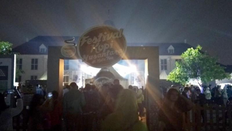 Suasana Festival Kopi Nusantara di Kota Tua Jakarta, Rabu (18/9/19). (Foto: MNEWS.co.id)