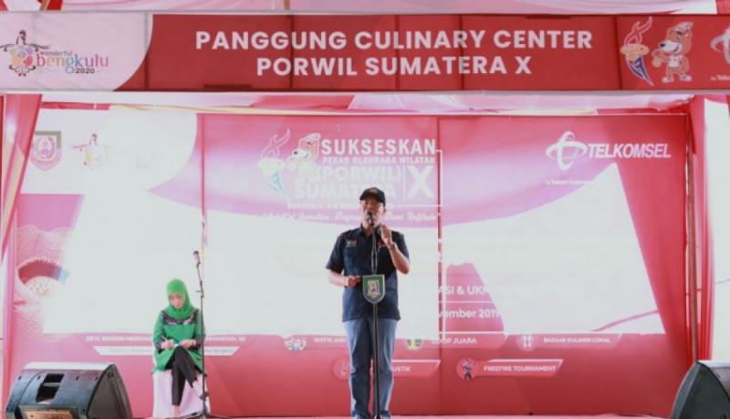 Gubernur Bengkulu dalam kegiatan persiapan Ajang Pekan Olahraga Wilayah (PORWIL) yang ke 10, Minggu (3/11/19) (Foto: Pemprov Bengkulu)