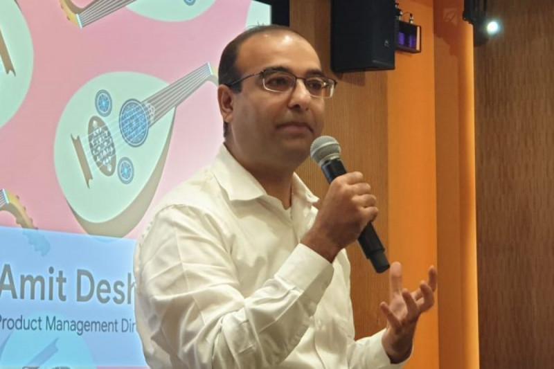 Amit Deshpande, Director of Product Management dalam acara Google for Indonesia Media Briefing di Kantor Google Indonesia, Jakarta, Senin 18 November 2019. (Foto: Wahyunanda Kusuma )