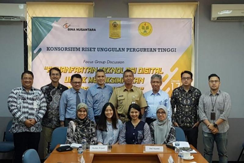 Kegiatan Focus Group Discussion (FGD) mengenai Pemanfaatan Teknologi Digital untuk Memaksimalkan Pemberdayaan UMKM di UI Depok, Selasa (17/12/19). (Foto: ANTARA)