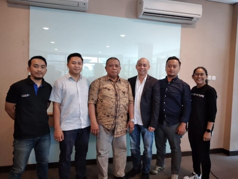 Pertemuan Sahabat UMKM bersama Bahmid Basyir selaku Plt. Kepala Dinas Koperasi dan UKM Kabupaten Maluku Tengah di Jakarta, Senin (10/2/20). (Foto: Rasti/MNEWS)