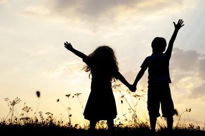 Ciri-Ciri Sahabat Sejati yang Akan Terus Berada Di Dekatmu
