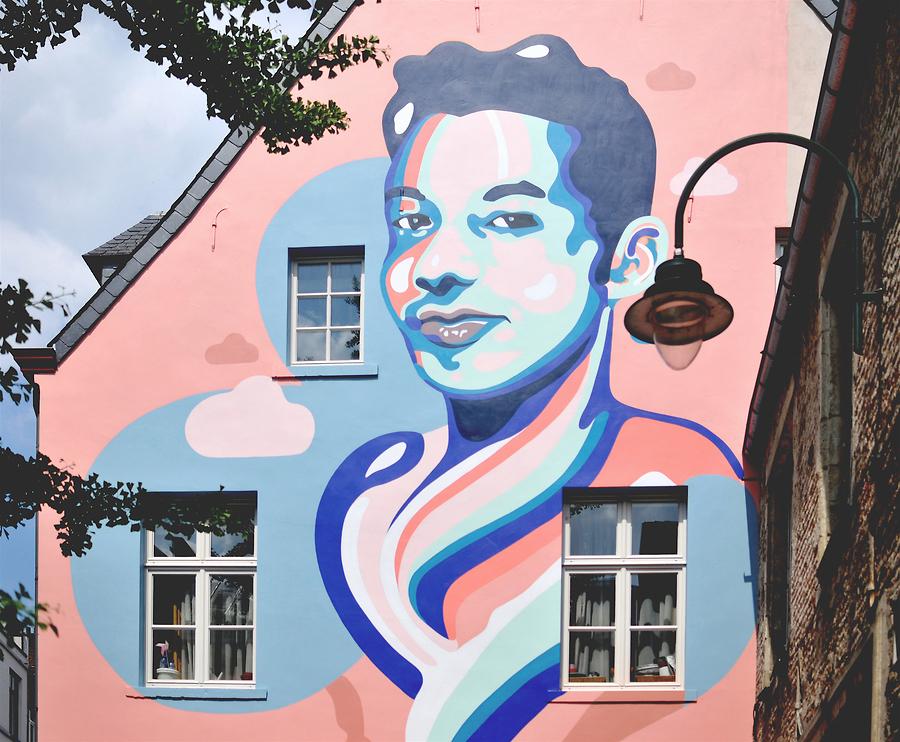Anthea Missy - Ihsane Jarfi Mural.jpg