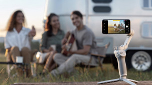 DJI Unveils Foldable Osmo Mobile 4 Smartphone Gimbal with a Magnetic Mount