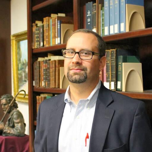 Dr. Benjamin Gladd