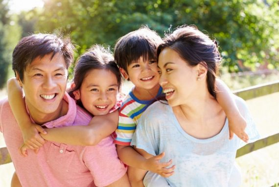 Should Parents Be Friends With Their Kids?