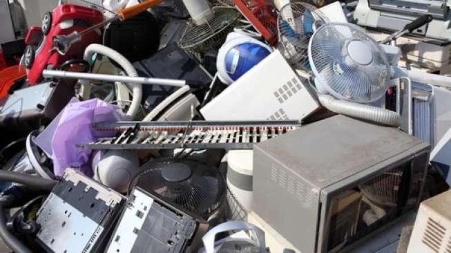 Ilustrasi sampah elektronik (Shutterstock).