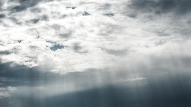 Ilustrasi langit. (unsplash/Daniel Olah).