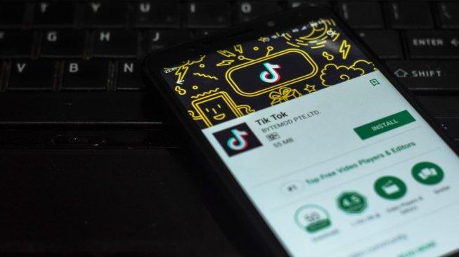 Ilustrasi aplikasi TikTok. [Shutterstock]