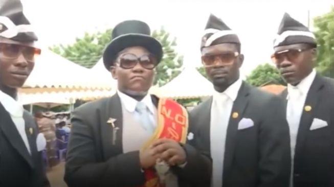 Coffin Dance Viral, Dancing Pallbearers. Tangkapan layar (Youtube)