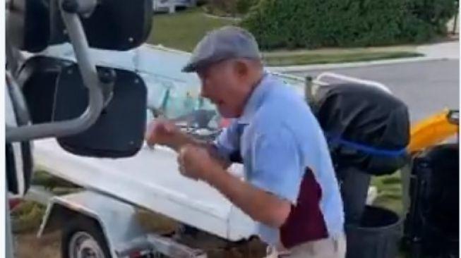 Viral aksi petinju berusia 75 tahun. (Dok: Twitter/@BoxingKingdom14)
