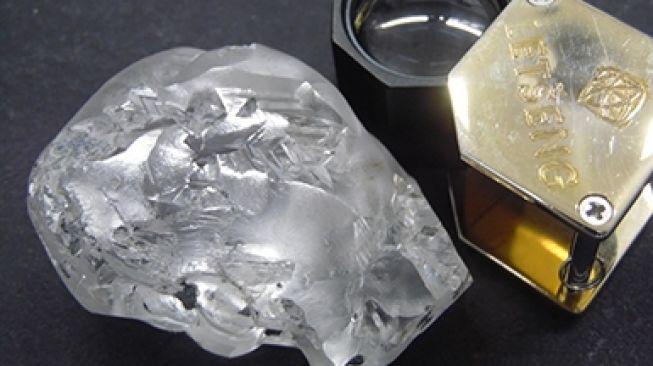 Berlian 442 karat. [Gem Diamonds]