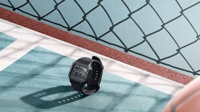 Amazfit Neo, smartwatch bergaya retro [Huami]