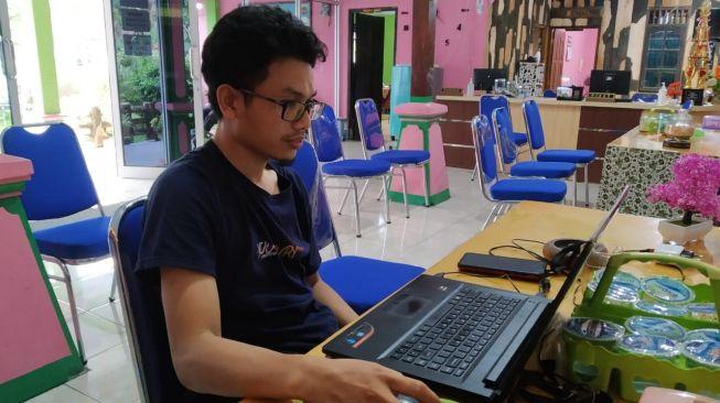 Arick Bungawan IT dan Web Design Desa Krandegan Purworejo. (Istimewa)
