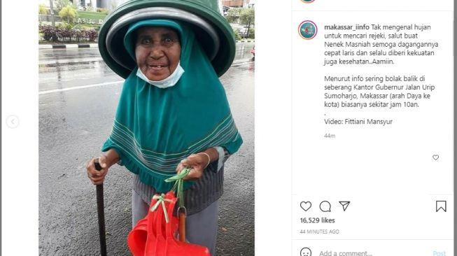 Nenek Masinah penjual basko. [Instagram/makassar_iinfo]