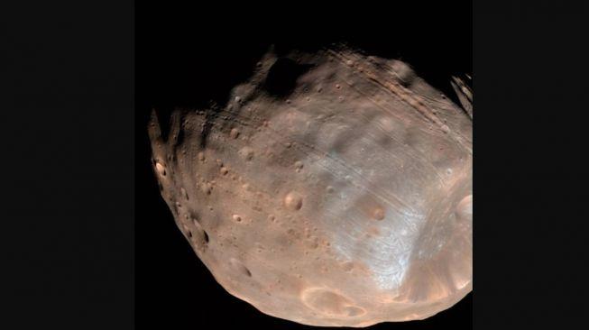 Bulan Mars, Phobos. [NASA]