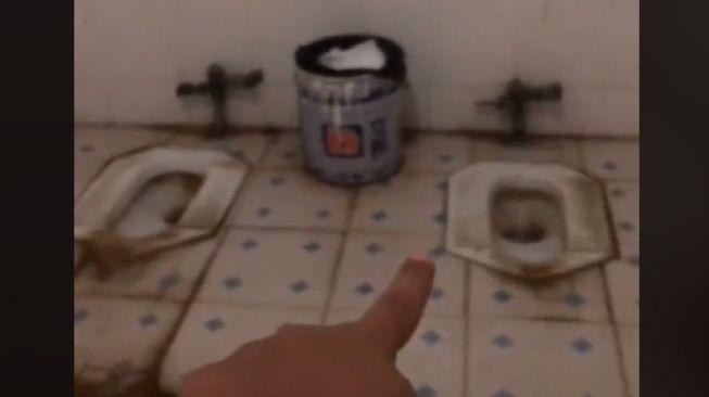 Viral toilet kondisinya bikin melongo (TikTok).