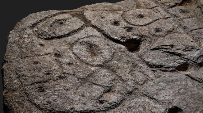 Lempeng batu zaman perunggu. [Independent]