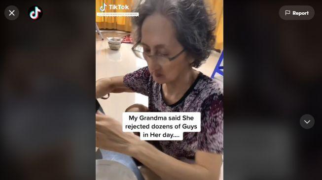 Nenek Sebut Dirinya Tolak Banyak Pria Saat Masih Muda, Fotonya Zaman Dulu Jadi Sorotan (TikTok)