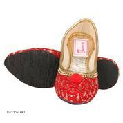 Bellies & Ballerinas Trendy Kid's Bellies  *Material* Upper Material-Patent                           Sole TPR  *Size* Age Group(3 - 3.5 Years) - UK/IND - 8C, Length - 16.5 cm  *Description* It Has 1 Pair Of Kid's Bellie  *Sizes Available* 5-5.5 Years, 3, 3.5   Supplier Rating: ★3 (6) SKU: IABURSWM0211 Shipping charges: Rs1 (Non-refundable) Pkt. Weight Range: 200  Catalog Name: Stylish Trendy Kid's Bellies Vol 1 - IAdda Code: 865-3362043-999-426