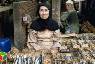 Salted Fish Seller Women