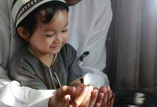 Teaching Child to Praying