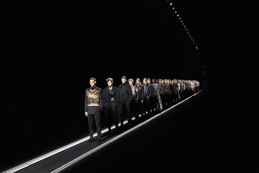 Dior Men Fall/Winter'19 Retrospects to Move Forward