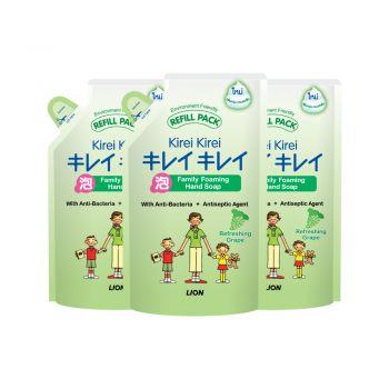 [แพ็ค 3] KIREI KIREI โฟมล้างมือ คิเรอิ คิเรอิ สูตรหอมสดชื่น กลิ่นองุ่น (ถุงเติม) 200 มล.
