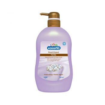 KODOMO โคโดโม แฟมิลี่ ครีมอาบน้ำ เพิร์ลคิส 750 มล. (ชนิดขวดปั้ม)