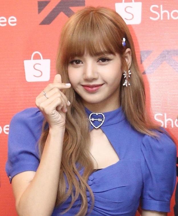 Tampil Cantik Dan Anggun Begini Suasana Meet And Great Lisa