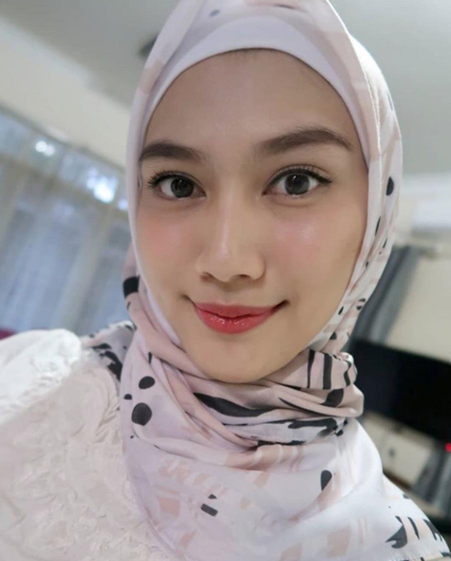 Melody Eks Jkt48 Menikah Bulan Depan Ini Info Lengkapnya Doripos